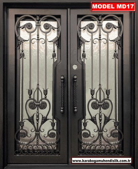Ferforje bina kapıları, estetik görüntüleri nedeniyle birçok kişi tarafından tercih edilir. Özellikle yazlık yerlerde bu kapılar şık bir görüntü sunar.